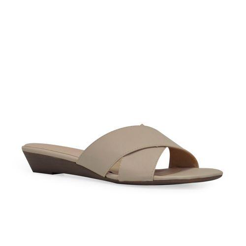 Sandalia-plana-de-color-nude