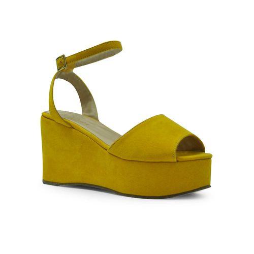 Sandalia-plataforma-de-color-amarillo