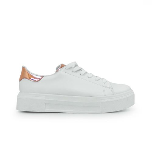 Tenis-de-color-blanco