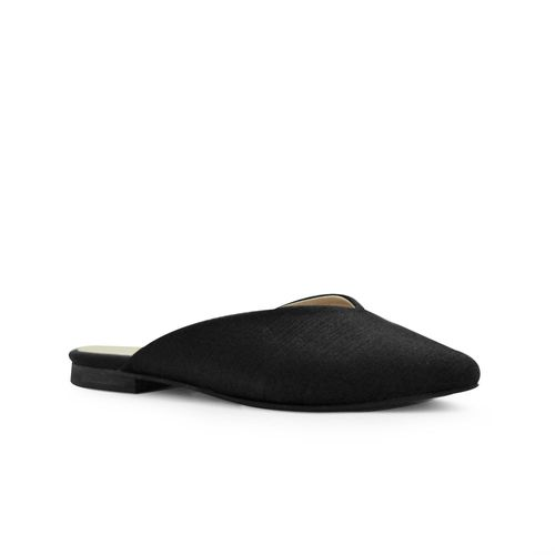 Zueco-plano-de-color-negro
