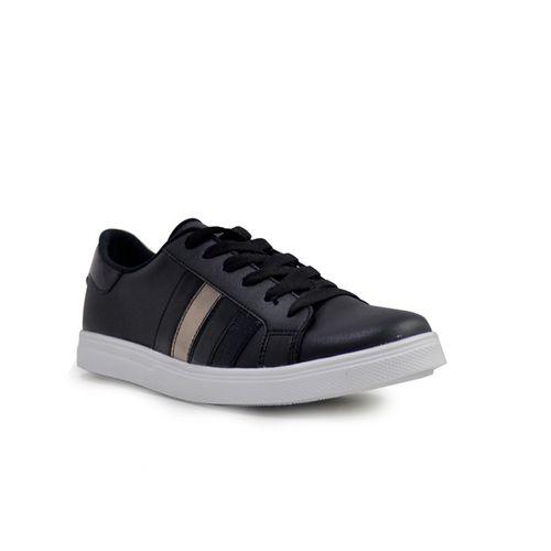 Tenis-de-color-negro