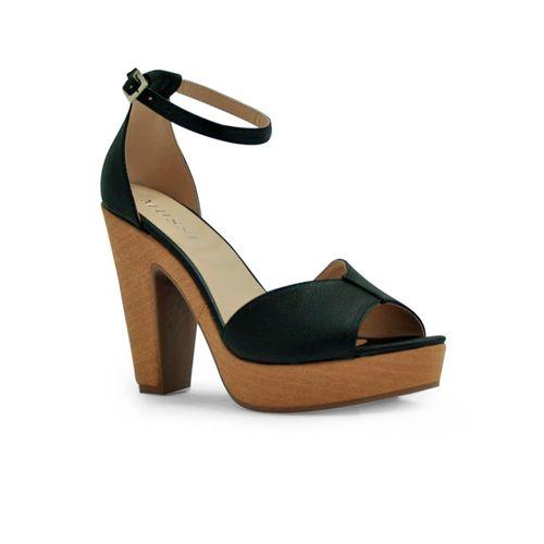 Sandalia-tacon-plataforma-de-color-negro