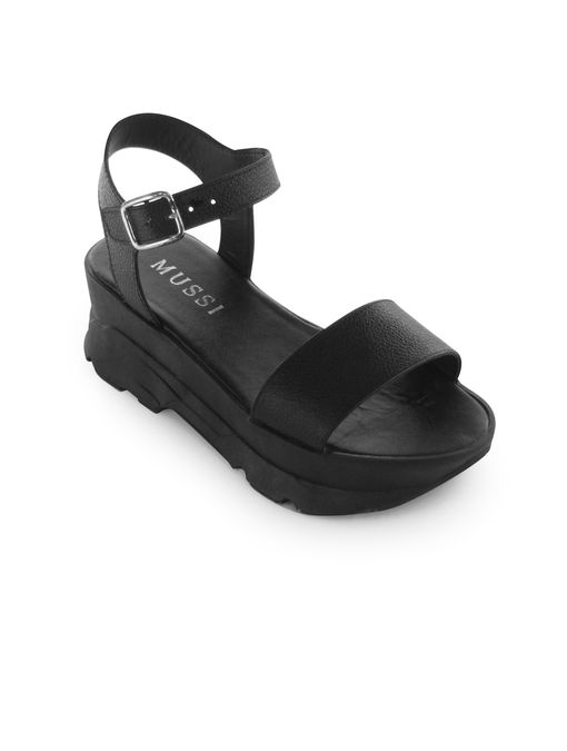 Sandalia-chunky-de-cuero-negro