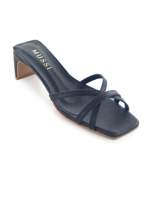 Sandalia-tacon-de-cuero-negro