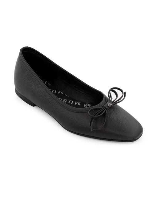 Baleta-plana-de-cuero-negro
