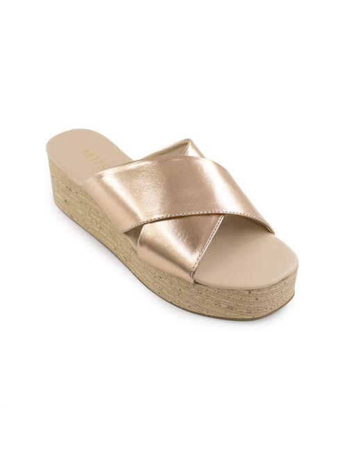 Sandalia-flatform-de-sintetico-cobre